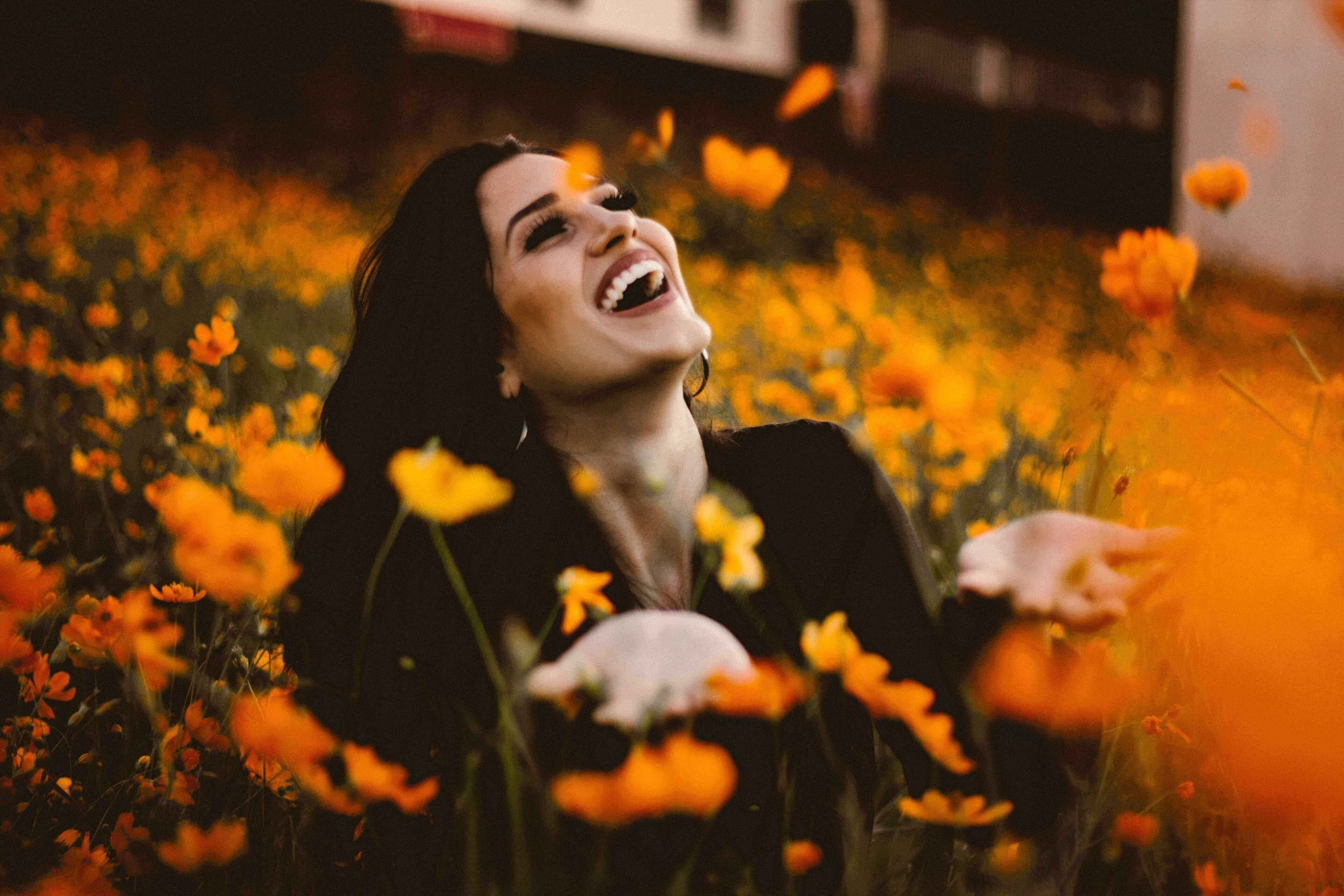 Happiness tips_how to be happy_happy woman