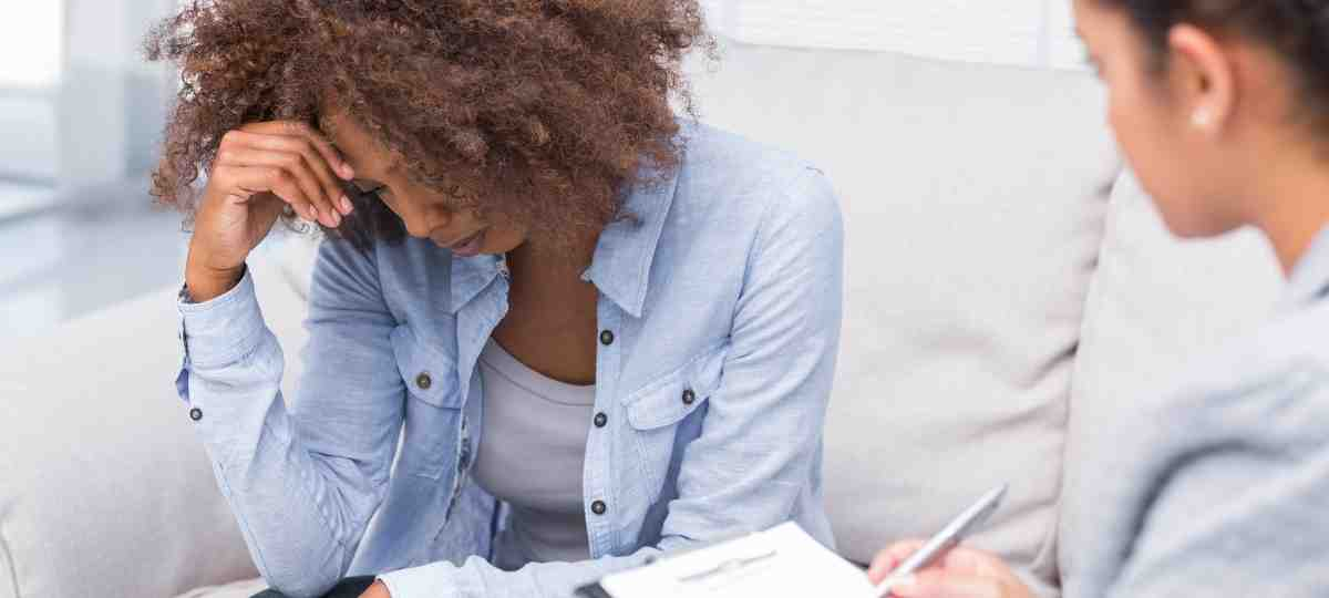 manage depression without medication_therapy